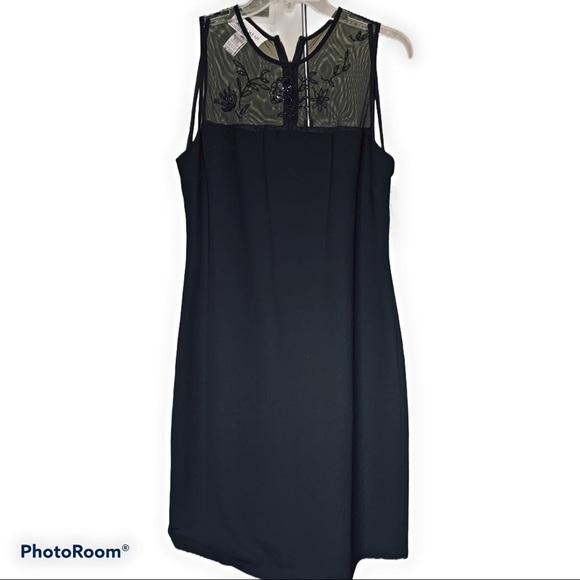 Jones Wear Dresses & Skirts - Vintage Jones Wear Black Sheath Dress